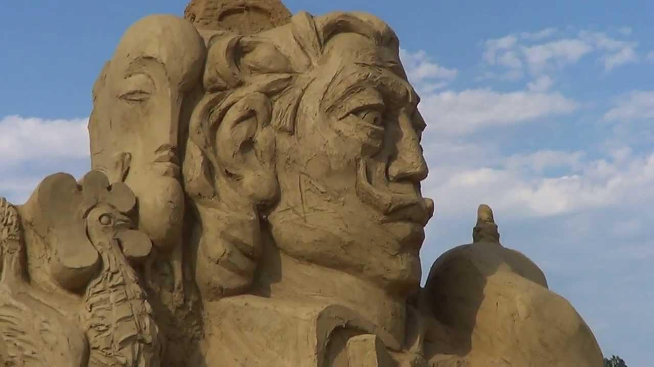 festival-skulptur-iz-pieska-v-burgasie
